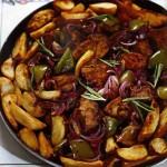 Жареная свинина с картошкой - секреты сочного мяса
