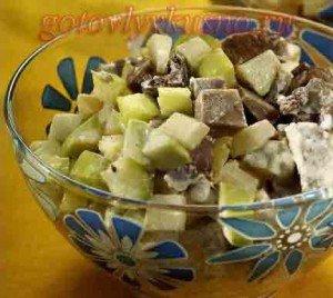 салат со свиным языком и яблоками