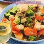 Теплый салат с рыбой