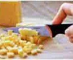 мелко режем сыр