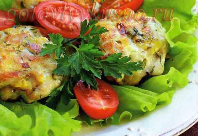 Рубленные котлеты из куриного филе с сыром и зеленью