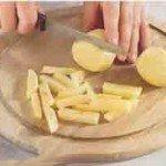 нарежем картофель брусочками