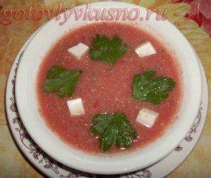 Томатный холодный суп из помидор с сыром