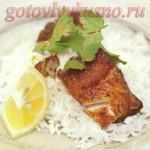 Треска жареная с карри и рисом