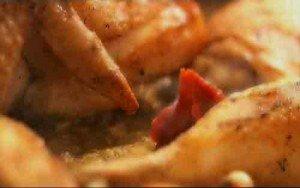 кладем томатной пасты