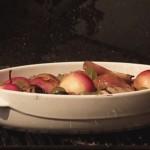 Ножки кролика с фруктами и овощами - Испанская кухня