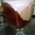 Сметанный десерт со сгущенным молоком и шоколадом