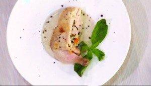 цыпленок  с муссом из индейки  украшаем мятой