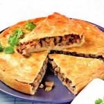 Пирог со свининой и сельдереем