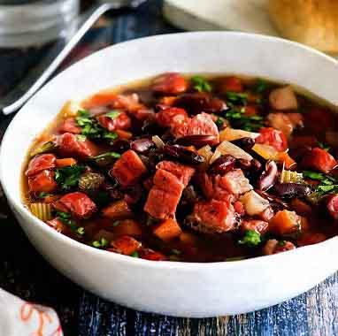 фасолевый суп с рулькой