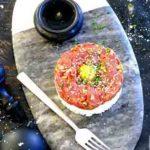 Тартар из говядины в стиле суши бара