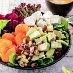 Салат из свеклы, мандаринов и авокадо под маковой заправкой